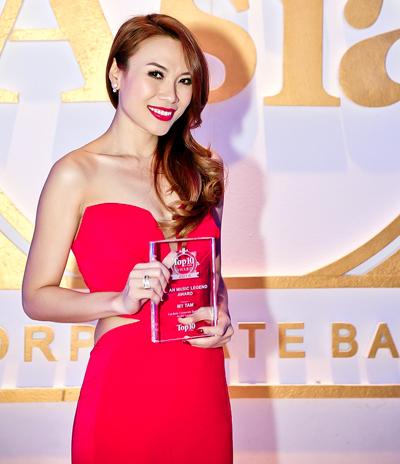 Mỹ Tâm đã được vinh danh bởi Nhà Xuất bản Top 10 of Asia dựa trên nghiên cứu khảo sát thực hiện bởi tạp chí về các nữ ca sĩ hàng đầu trên toàn Châu Á.