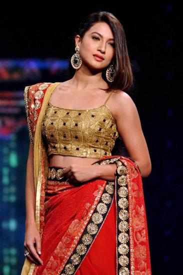 Nữ diễn viên Gauhar Khan. Ảnh: AFP.