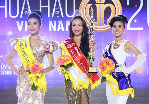 Top 3 Hoa hậu Việt Nam 2014: Huyền My, Kỳ Duyên, Diễm Trang (từ trái qua).