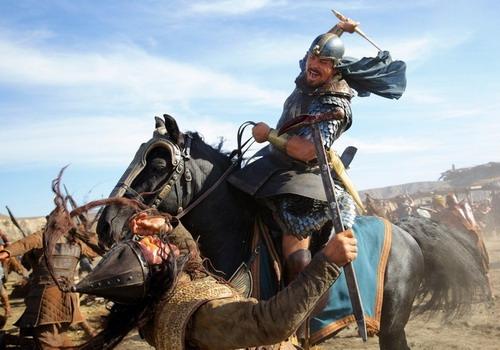 'Exodus: Gods and Kings' soán ngôi của 'Mockingjay'