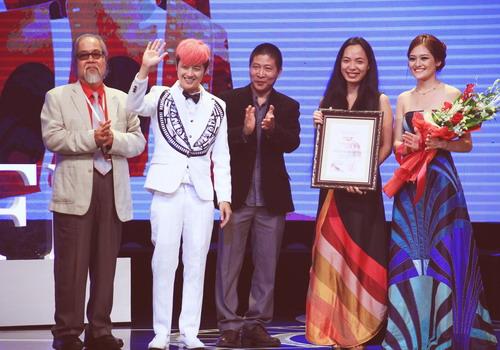 Những dấu ấn tích cực của làng giải trí Việt năm 2014