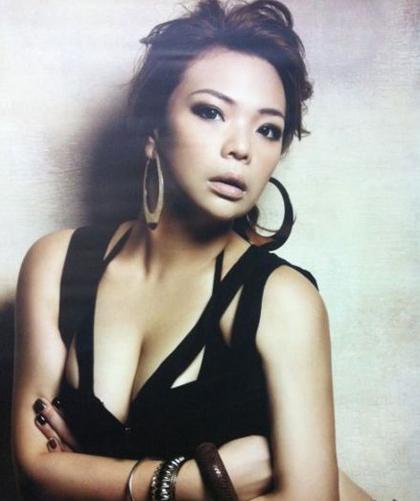 'Tiểu Long Nữ' Trần Nghiên Hy lọt top sao nữ Đài Loan được khao khát nhất 2014