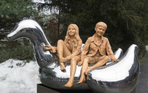 Realistic-sculpture-carole-feu-2073-3997