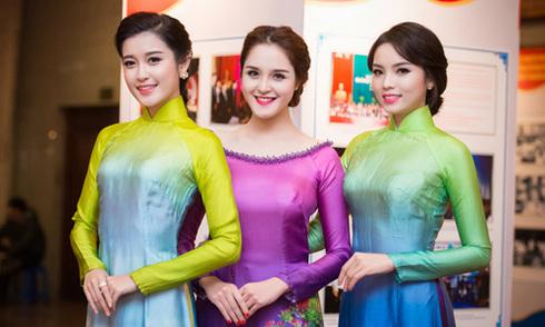 Hoa hậu Kỳ Duyên cuốn hút giữa dàn mỹ nhân Việt