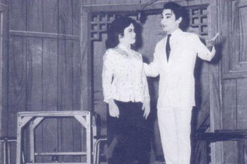 Nghệ sĩ Út Bạch Lan (trái) và Thành Được trong vở
