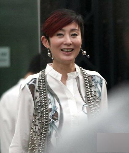 Năm 2012, Trương Mẫn tiết lộ cô có ý định kết hôn cùng Lưu Vĩnh Huy  quản lý cũ của cô. Hai người yêu nhau hơn 10 năm qua.