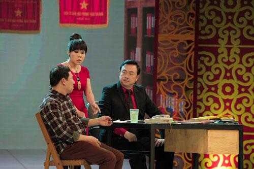 Nghệ sĩ Việt Hương và Chí Tài tham gia Táo quân 2015.