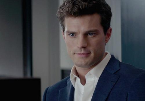 """Hình ảnh xuất hiện đầu tiên của nhân vật Christian Grey trong phim """"50 Sắc thái""""."""