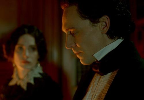 """""""Crimson Peak"""" là bộ phim được chờ đợi nhất của tài tử Tom Hiddleston trong năm nay."""