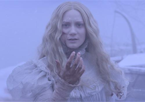 """""""Crimson Peak"""" là phim kinh dị theo phong cách Gothic."""