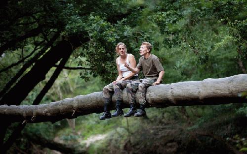 "Một cảnh trong phim ""Love at First Sight""."