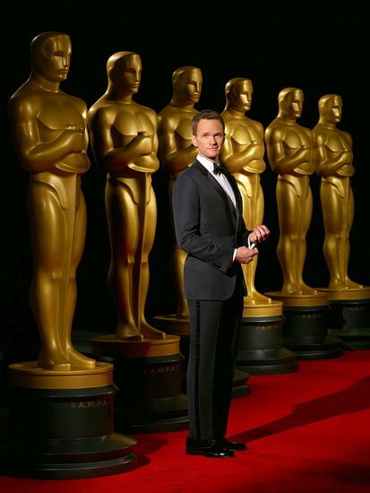 """Ngôi sao của phim truyền hình """"How I Met Your Mother"""" và phim điện ảnh """"Gone Girl"""" - Neil Patrick Harris - lần đầu làm chủ trì đêm trao giải Oscar."""