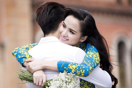 Hoa hậu Diễm Hương: 'Tôi hạnh phúc dù đang ở nhà trả góp'