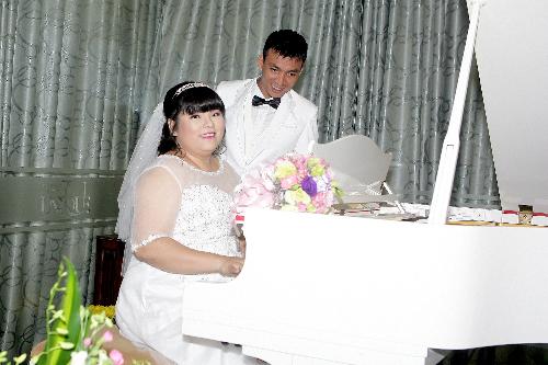 Dàn nghệ sĩ hội tụ trong đám cưới Tuyền Mập