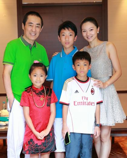 9 sao nam Hoa ngữ nổi tiếng cưới vợ nhỏ hơn nhiều con giáp