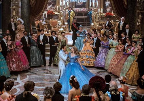 'Cinderella' - sức hấp dẫn từ một câu chuyện cũ