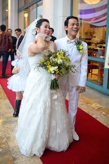 Dàn sao chúc mừng ngày cưới của Thanh Thanh Hiền