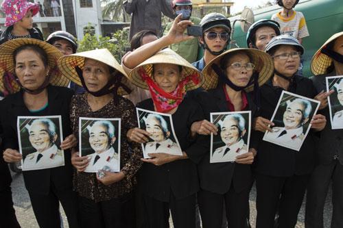 Nhiếp ảnh gia Mỹ triển lãm ảnh kỷ niệm tình bạn với Việt Nam