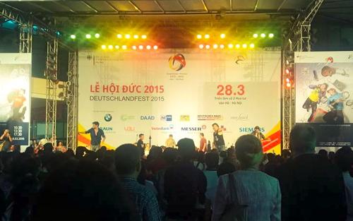 Lễ hội Đức thu hút hàng nghìn người Hà Nội