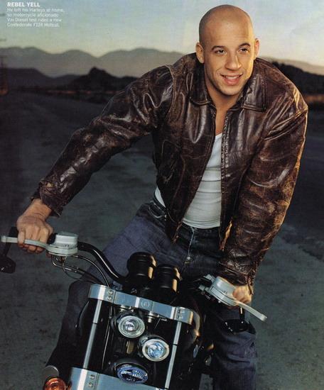 Vin Diesel ngoài đời là một người sống tình cảm và luôn coi gia đình là số một.