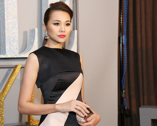 Dàn sao Việt chưng diện dự đêm tiệc phong cách