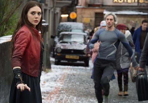 Hai siêu anh hùng mới - Scarlet Witch (Elizabeth Olsen thủ vai) và Quick Silver (Aaron Taylor-Johnson thủ vai).