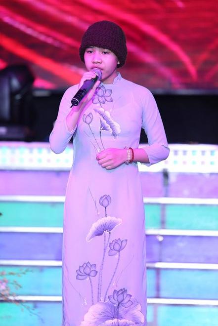 'Trang phục ni cô' của Huyền Trân không được duyệt để biểu diễn