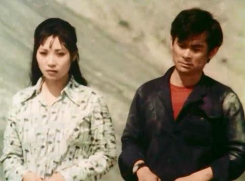 """Hai nghệ sĩ Phương Thanh và Anh Dũng nên duyên vợ chồng từ phim điện ảnh """"Kỷ niệm đồi trăng""""."""