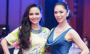 Diễm Hương đọ sắc với Hoa hậu Hoàn vũ Riyo Mori