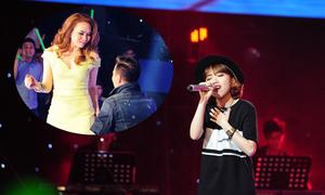 'Cô gái tự ti' chinh phục bốn huấn luyện viên The Voice