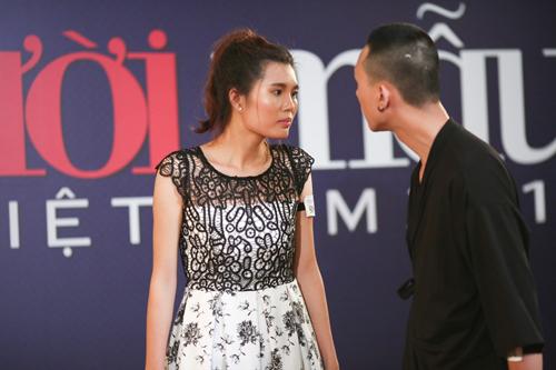 Doãn Thị Hương và Hoàng Anh Tú trổ tài diễn xuất