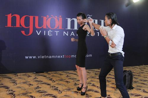 Bên cạnh đó, giám khảo Vietnam's Next Top Model