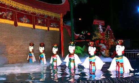Múa rối nước được biểu diễn thường xuyên tại TP HCM