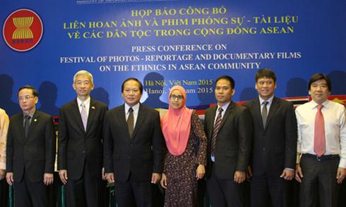 Thi ảnh và phim phóng sự về các dân tộc trong ASEAN