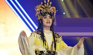 Hamlet Trương chiến thắng nhờ đóng vai công chúa Thiên Kiều