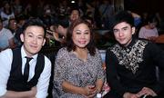 http://giaitri.vnexpress.net/tin-tuc/truyen-hinh/dan-truong-siu-black-lam-giam-khao-cuoc-thi-hat-3241121.html