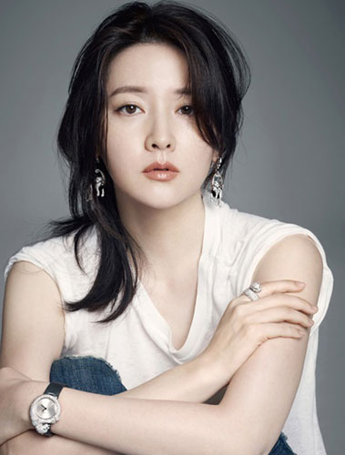 Lee-Young-Ae-3245-1435632214.jpg