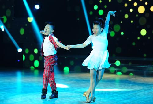 Đỗ Trọng Long Khánh đến từ Hà Nội. Cậu bé dự thi với tiết mục dance sport trên nền nhạc 'Mắt nai cha cha cha'. Chỉ mới trình diễn chưa được 1 phút, cả ba giám khảo đã bấm đèn chọn tài năng nhí này.