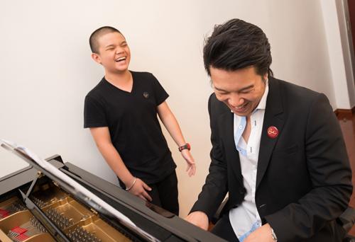 Vài năm qua, nam nhạc sĩ tập trung đầu tư cho lĩnh vực đào tạo âm nhạc tại TP HCM.