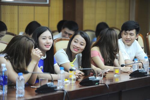 """Một số thí sinh lọt vào chung kết toàn quốc cuộc thi """"Sao Mai 2015"""". Ảnh: Giang Huy."""