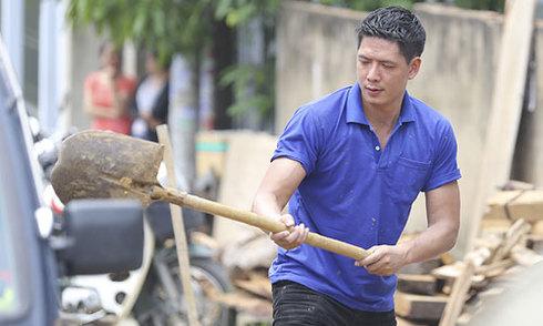 Bình Minh tham gia chiến dịch tình nguyện Mùa hè xanh