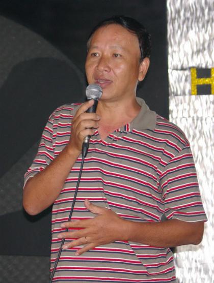 hoai-linh-nat-nha-vi-thoi-tran-1468-1994