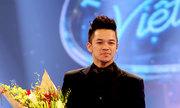 http://giaitri.vnexpress.net/tin-tuc/truyen-hinh/trong-hieu-doat-quan-quan-vietnam-idol-2015-3257649.html