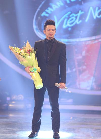 Đêm Gala công bố kết quả mùa giải Vietnam Idol diễn ra tối 2/8.