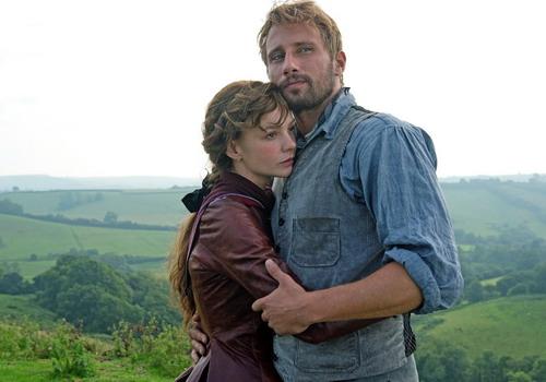 Đôi tình nhân Everdeen và Gabriel trong phim.
