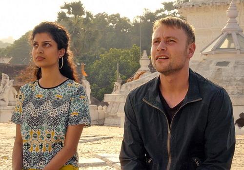 Phim lấy bối cảnh tại tám thành phố với dàn diễn viên đa quốc tịch.