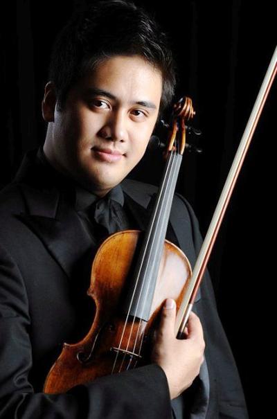 Nghệ si Violin Bùi Công Duy.