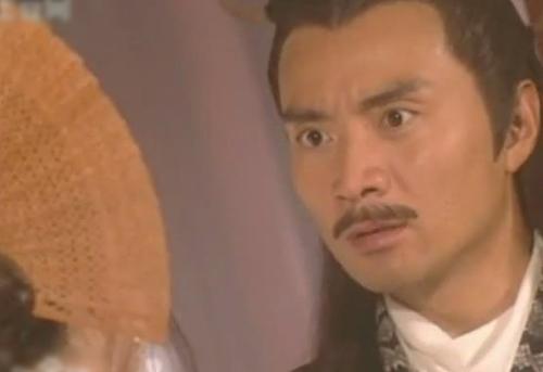 Lâm Lập Dương (sinh năm 1966) vào vai Long Tiêu Vân, Là ân nhân của Lý Tầm Hoan nhưng sau này hận chàng, luôn tìm cách hãm hại. Cuối cùng mưu đồ bị lộ dẫn tới thân bại danh liệt.