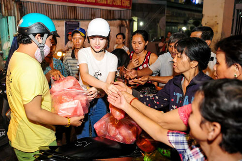 Sau cuôc thi Bước nhảy hoàn vũ, Angela Phương Trinh tập trung cho việc rèn luyện sức khỏe, trau dồi kĩ năng diễn xuất để chuẩn bị cho các dự án phim mà cô nhận lời tham gia vào cuối năm nay.