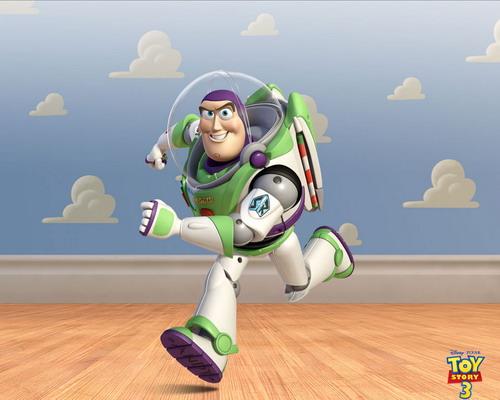 Buzz-Lightyear-running-2961-1440409384.j